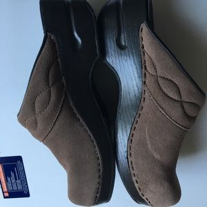 Lands' End clogs shoes